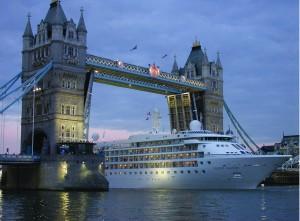 Silver Cloud_London_Credit_Silversea Cruises